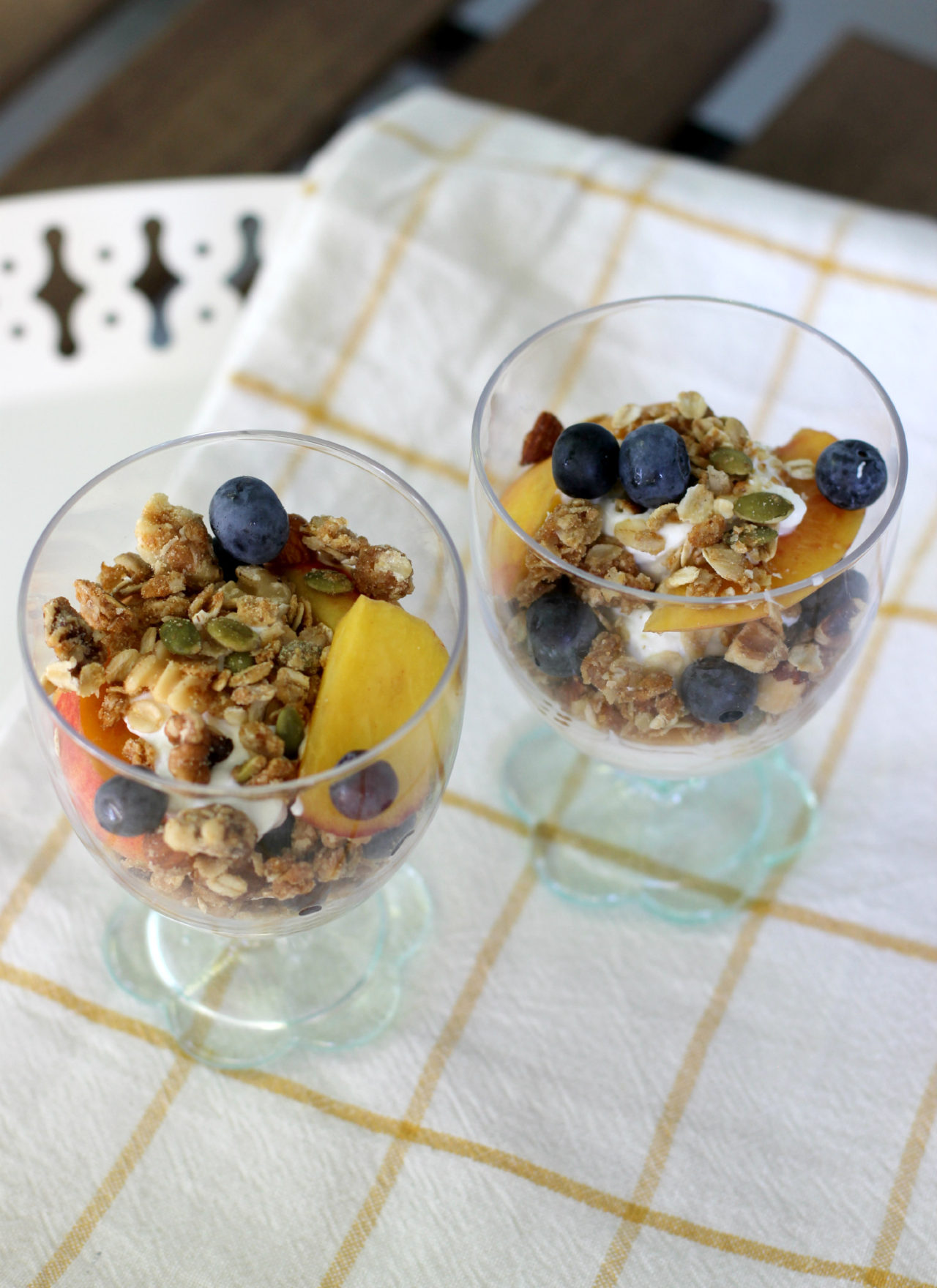 8-Step Homemade Granola & Fruit Parfaits